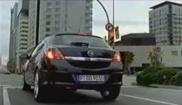 Музыка из рекламы Opel Spot - Don't stop me now