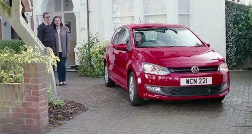 Музыка и видеоролик из рекламы Volkswagen Polo - Dad