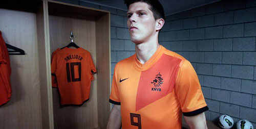 Музыка и видеоролик из рекламы Nike Better World - Nike Football National Team Kits