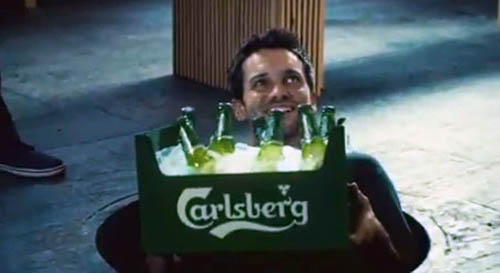 Музыка и видеоролик из рекламы Carlsberg - The Crate Escape