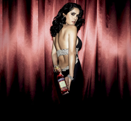 Музыка и видеоролик из рекламы Campari Red Passion - Salma Hayek