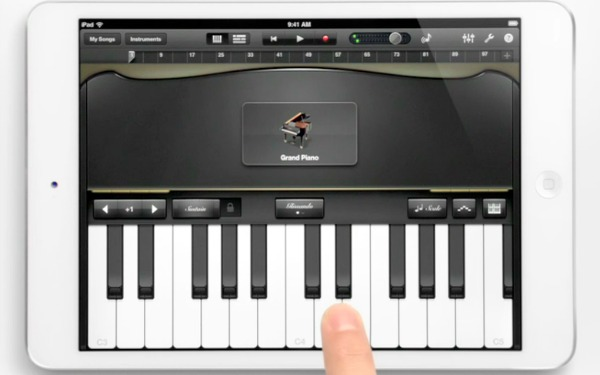 Музыка и видеоролик из рекламы Apple iPad Mini - Piano
