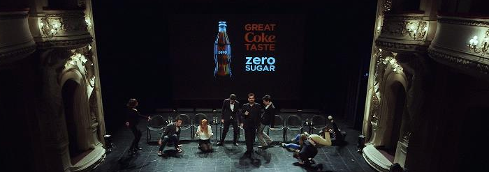 Музыка и видеоролик из рекламы Coca-Cola - explores taste under hypnosis