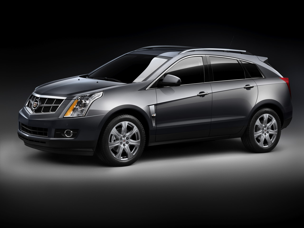 Музыка и видеоролик из рекламы Cadillac SRX Crossover - Stacy's Mom