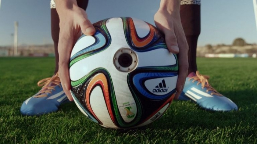 Музыка и видеоролик из рекламы adidas Football - brazuca Around The World