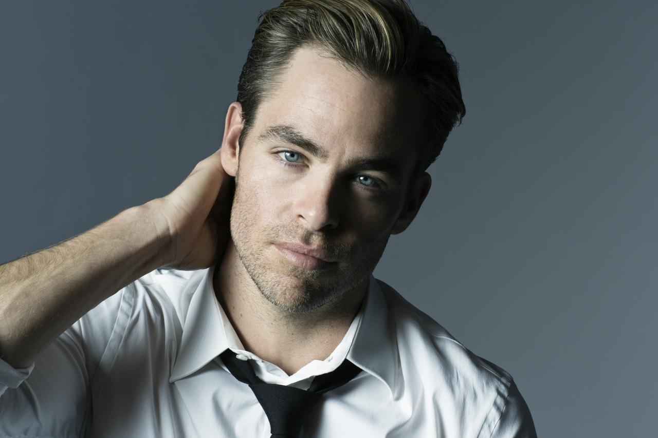 Музыка из рекламы Armani - Code Ice (Chris Pine)
