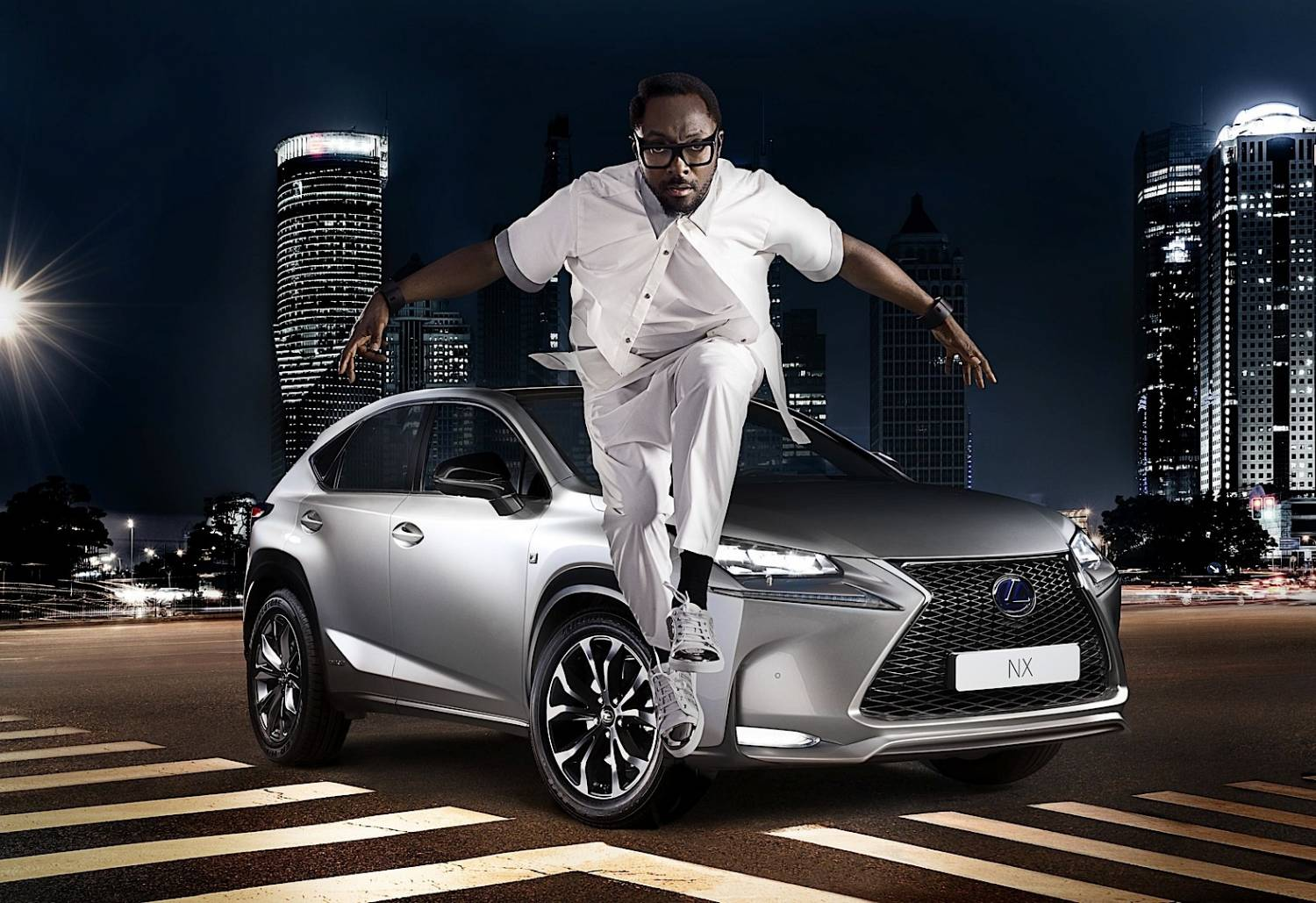 Музыка из рекламы Lexus & will.i.am Collaboration - Dreamin' about the Future
