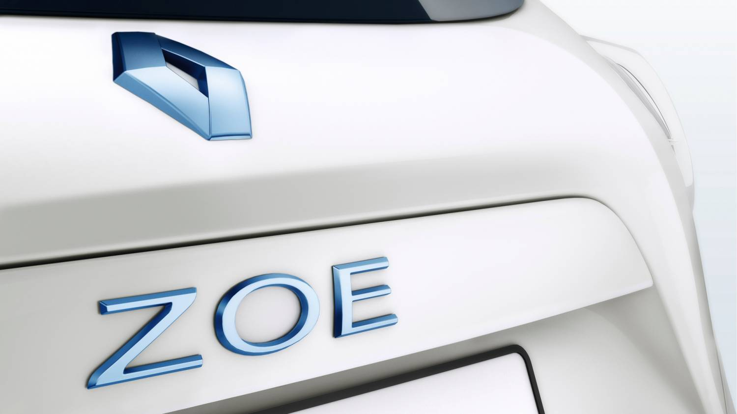 Музыка и видеоролик из рекламы Renault ZOE - Discover the New