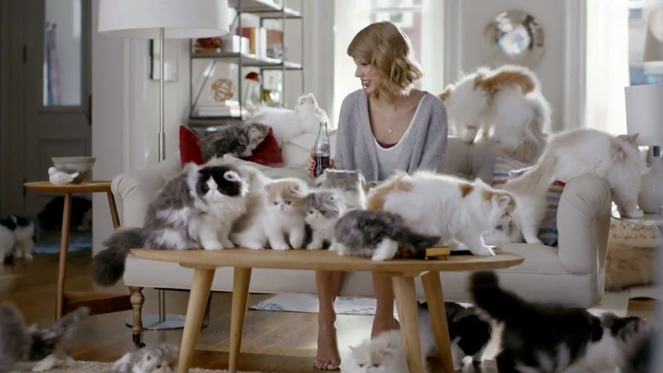 Музыка и видеоролик из рекламы Diet Coke - Taylor Swift Kittens