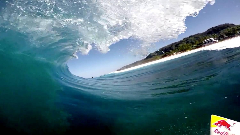 Музыка и видеоролик из рекламы GoPro - Pipe Trials (Jamie O'Brien)