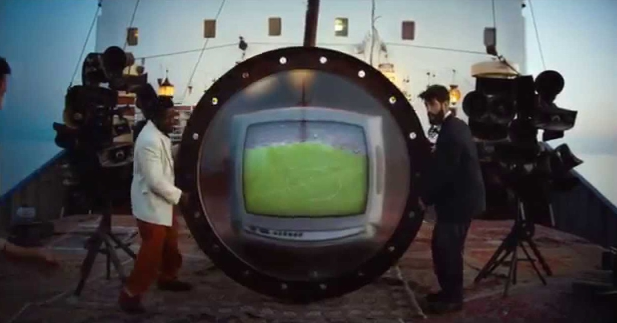Музыка из рекламы Heineken - The Match, UEFA Champions League Commercial