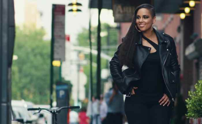 Музыка и видео из рекламы Levi's - The New Women's Denim Collection  (Alicia Keys)