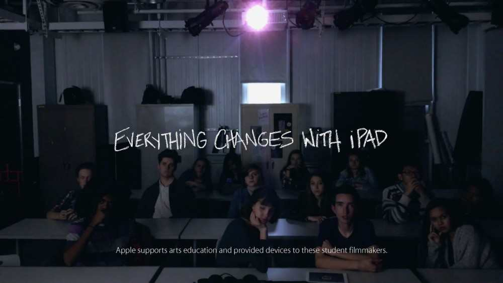Музыка и видео из рекламы Apple iPad  - Everything changes with iPad
