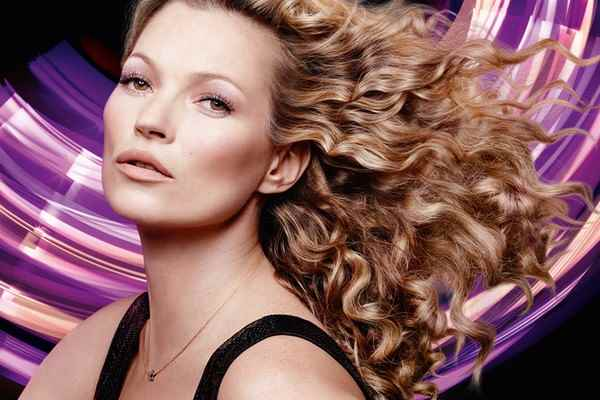 Музыка из рекламы Rimmel London - Supercurler Mascara (Kate Moss)