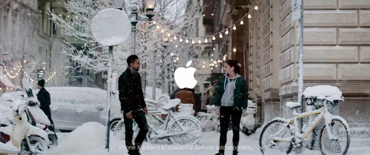 Музыка из рекламы Apple - Holiday - Sway