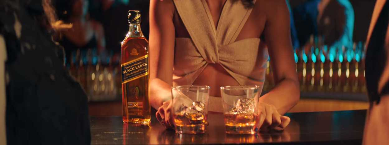 Музыка из рекламы Johnnie Walker - The Most Important Step Is Your Next