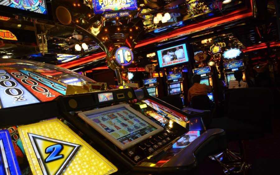 Игровые автоматы играть бесплатно и без базар советское игровые автоматы фото